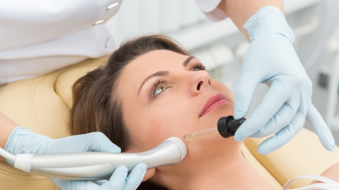 How Laser Hair Removal Works and Why It's Gaining Popularity